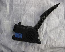 Электронная педаль газа 2110, 21214