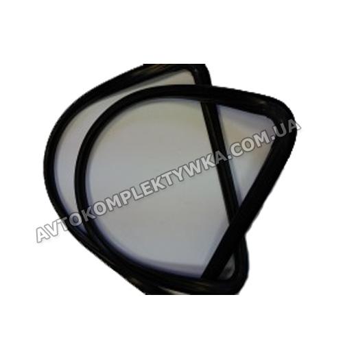 уплотнитель заднего стекла 2121